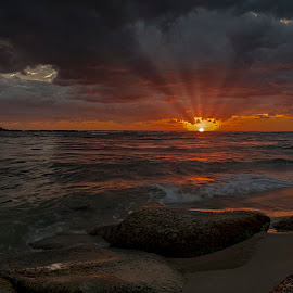 A Maroochydore Sunrise, QLD. by Ron Rainbow - Uncategorized All Uncategorized