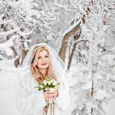 Wedding photographer Anastasiya Karaleva (karaleva90). Photo of 25.12.2015