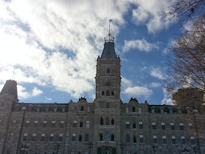 Photo: he parliament building - very cool the architecture in Quebec is quite stunning