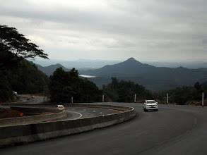 Photo: Auf bestem Asphalt Richtung Myanmar