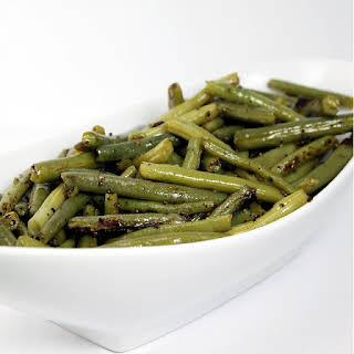 Olive Oil Green Beans with Salt and Pepper.
