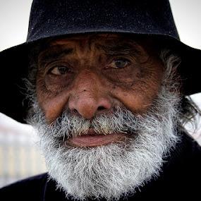 The Patriarch by Fernando Alves Fotografia - People Portraits of Men ( wrinkles, gipsy, men, gary fong, self portrait, selfie )