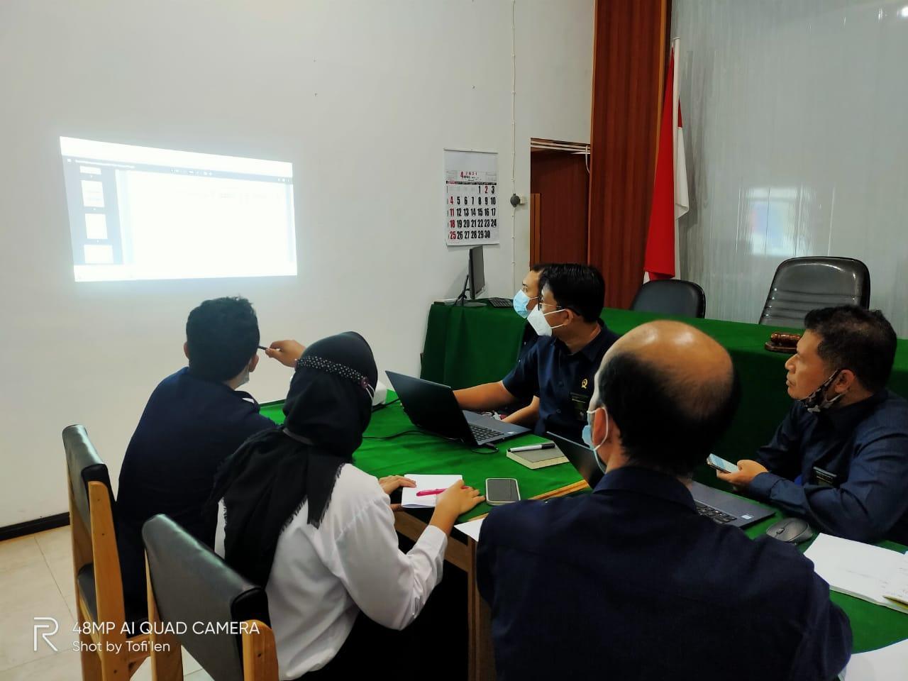 http://pa-tamianglayang.go.id/images/WhatsApp%20Image%202021-05-06%20at%2008.44.02.jpeg