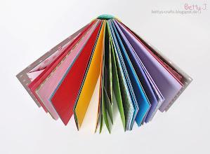 Photo: http://bettys-crafts.blogspot.com/2014/02/blogparade-scrapbook-aus-dem-tchibo.html