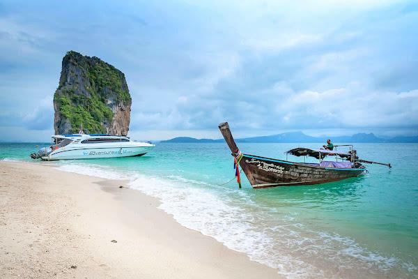 Visit Poda Island in the 4 Island archipelago in Krabi