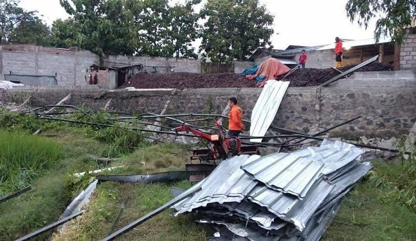 Puting Beliung Terjang Desa Banjarejo Ngariboyo