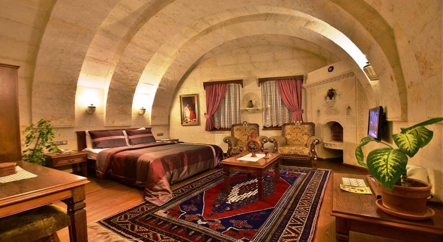Stone House Cave Hotel