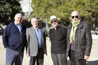 Photo: EL PADRE JUAN, SALESIANO, ANTES DE LA BENDICIÓN DEL CAMPO.