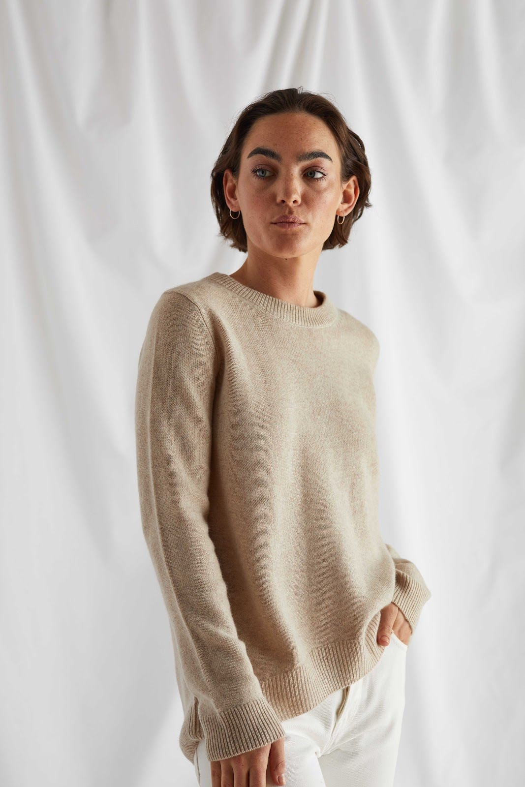 Straight O-neck Sweater