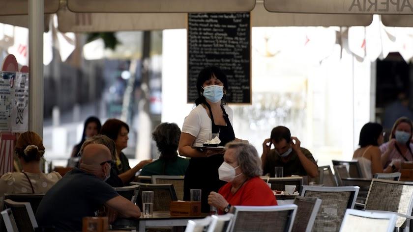 Aumentan los positivos relacionados con bares y restaurantes.