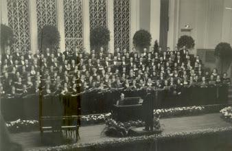 Photo: 1940 Breslau - Vezényel: Karvaly Viktor