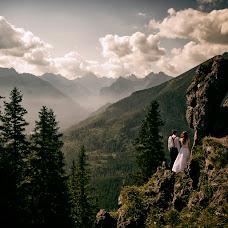 Wedding photographer Wojtek Hnat (wojtekhnat). Photo of 30.03.2019