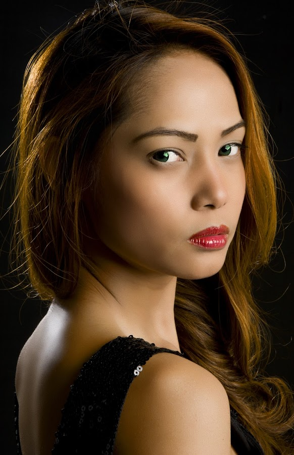 Filipina by Ulysses Caronongan - People Portraits of Women
