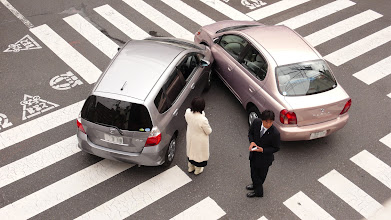 Photo: Isn't it easy to avoid the accident?