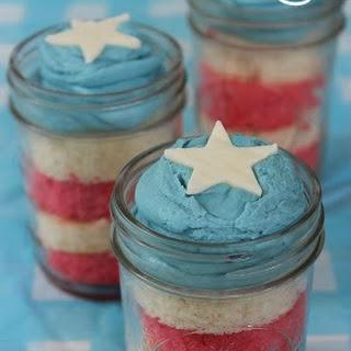 Patriotic Cake in a Jar