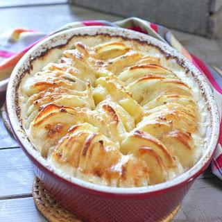 Cheesy Potatoes Au Gratin Recipe