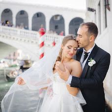 Fotografo di matrimoni Vitalik Gandrabur (ferrerov). Foto del 12.08.2019