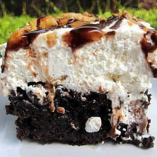 Snickers Cake.