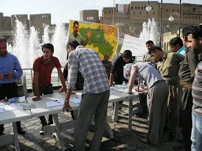 Photo: Hawler, South Kurdıstan (Iraq), signing the petition for liberation of Abdullah Öcalan