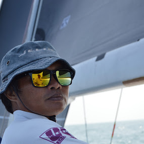 Reflexion in the sunglasses by Ghislaine Bovy - Sports & Fitness Watersports ( watersports, sailing, racing, sunglasses )