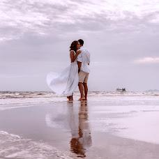 Wedding photographer Lara Korneeva (LaraKorneeva25). Photo of 23.08.2018