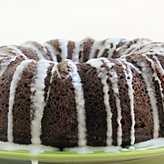 Chocolate Sour Cream Bundt Cake With Cake Mix Recipes.