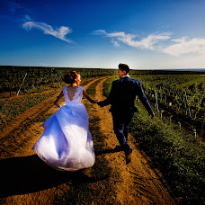 Wedding photographer Vlădu Adrian (VlăduAdrian). Photo of 10.10.2017
