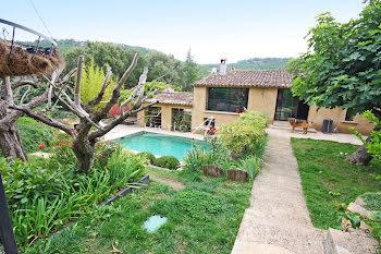 maison à Villecroze (83)