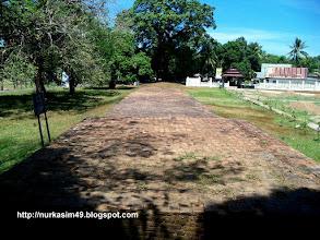 Photo: Benteng Sanrobone, Takalar, Indonesia, dibangun pada tahun 1515-1520. http://nurkasim49.blogspot.ca/2011/12/i.html