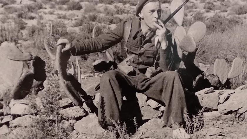 Algunas de las instantáneas fueron tomadas en la provincia de Almería, en 1937.