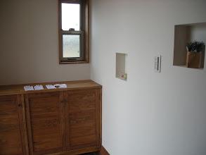Photo: 玄関の造作靴棚とニッチ(1)
