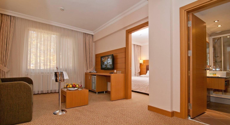 Buyuk Abant Hotel