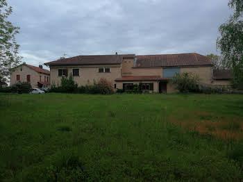 Maison 14 pièces 368 m2