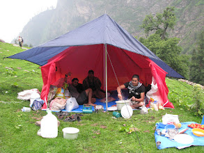 Photo: Dinner cooked at Kheerganga tent --  Joshi our cook