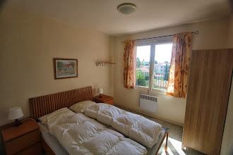 Photo: Sydvendt soveværelse - dobbeltseng -140x200
