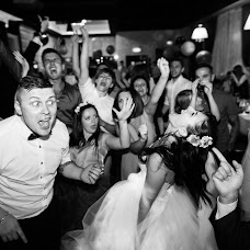 Wedding photographer Anton Iusov (Iusov). Photo of 04.03.2016