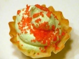 New Year's Noise Maker Mini Dessert Bites