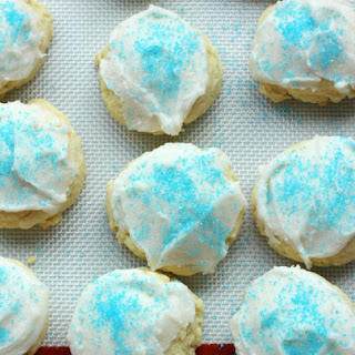 Old Fashioned Soft Sugar Cookies.
