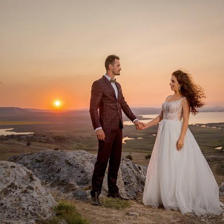 Fotograful de nuntă Costin Tertess (CostinTertess). Fotografie la: 13.09.2017