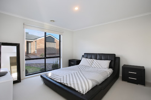Photo of property at 11/9 Carly Close, Narre Warren South 3805