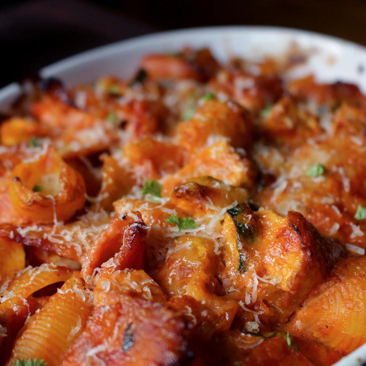 Chicken-Pasta Casserole with Courgette, Carrots, Bacon and a Creamy Tomato Sauce Recipe