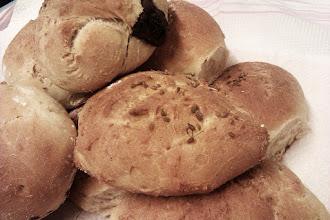 Photo: Innovación permanente: bollos de pan de leche rellenos de chocolate #cocinabasica