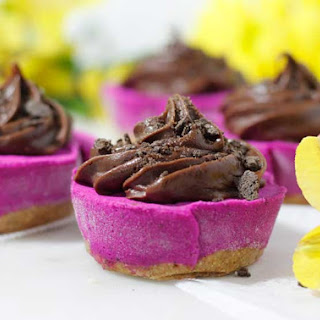 Fudge Protein Pitaya Workout Cups (white beans, workout snack).