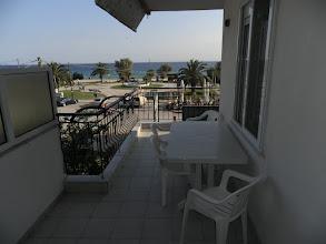 Photo: Θέα της παραλίας από το μπαλκόνι του 28-From No 28 balokony