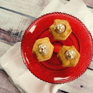 Easy Mini Chocolate Cream Tarts #Choctoberfest