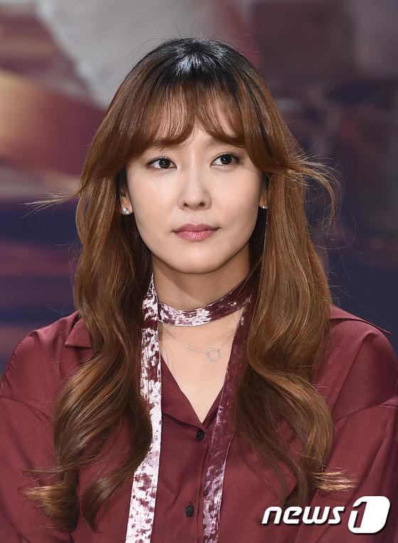 다나, '홍다나 배우로 인사드려요'