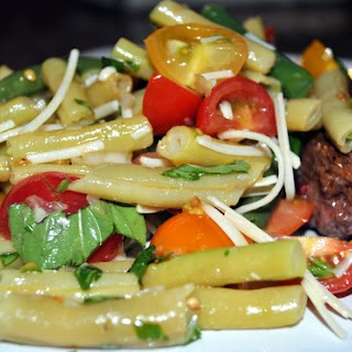 Green Bean Salad with Tomatoes and Fresh Basil Recipe