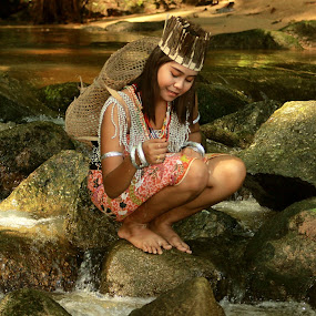 Also my land by Sultan Firaun - People Portraits of Women