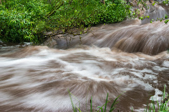 Photo: Experiments with long exposure, stream above Lichen Falls; PEEC Waterfall Hike (0.17-s exposure)