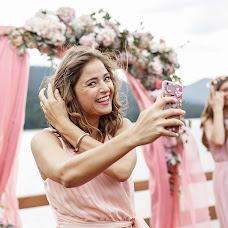 Wedding photographer Yuliya Elyasova (Elyasova). Photo of 25.01.2018
